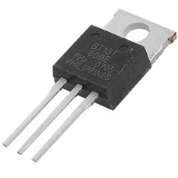 TRIAC BT-137 8 A 500 V